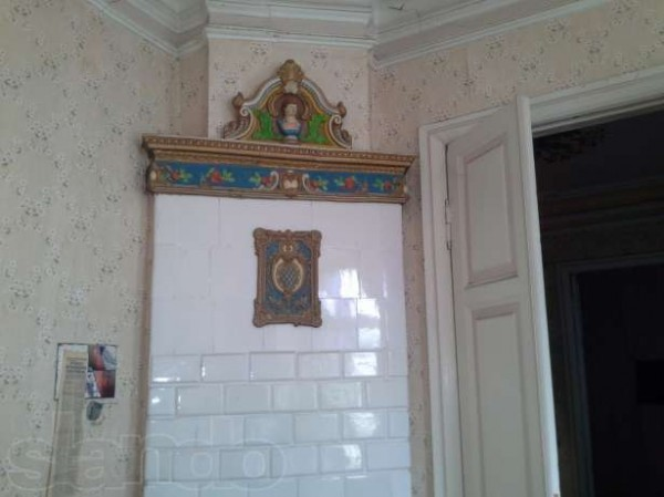 Интерьер старинного дома. Камин