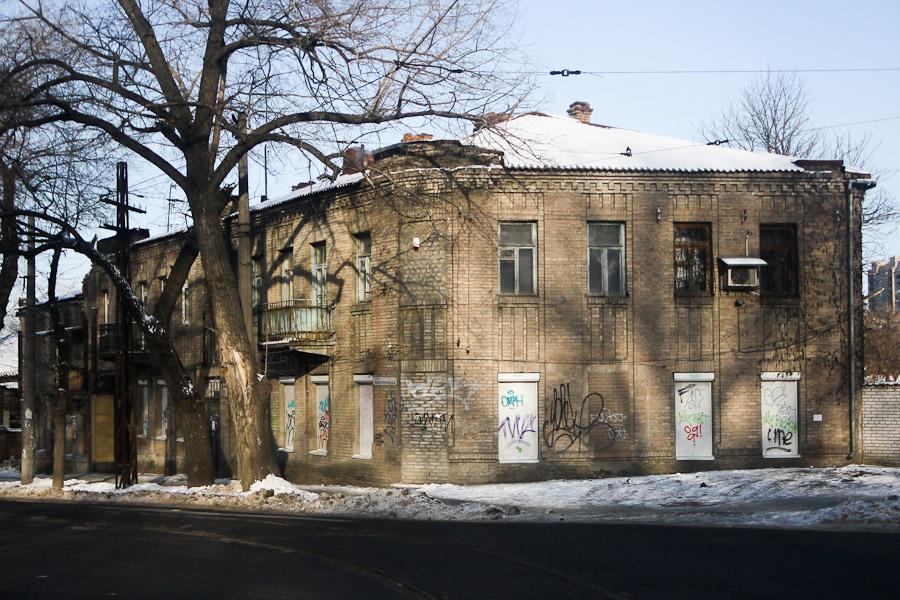 Старинный дом. ул. Исполкомовская (4)