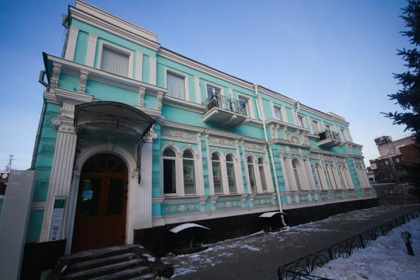 Старинное здание на Челюскина (3)