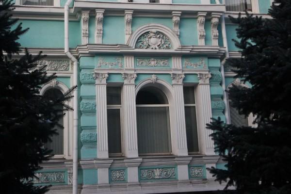 Старинное здание на Челюскина (1)