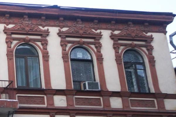 Старинный дом на улице Центральной (2)