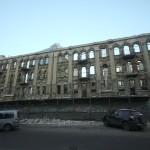 Разрушенное заброшенное старинное здание на ул. Харьковской в Днепропетровск (3)